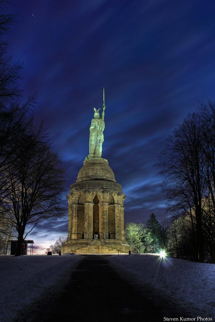 Hermannsdenkmal - zur blauen Stunde [2]