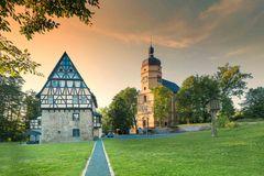 Herrenhaus und Kirche in Kürbitz