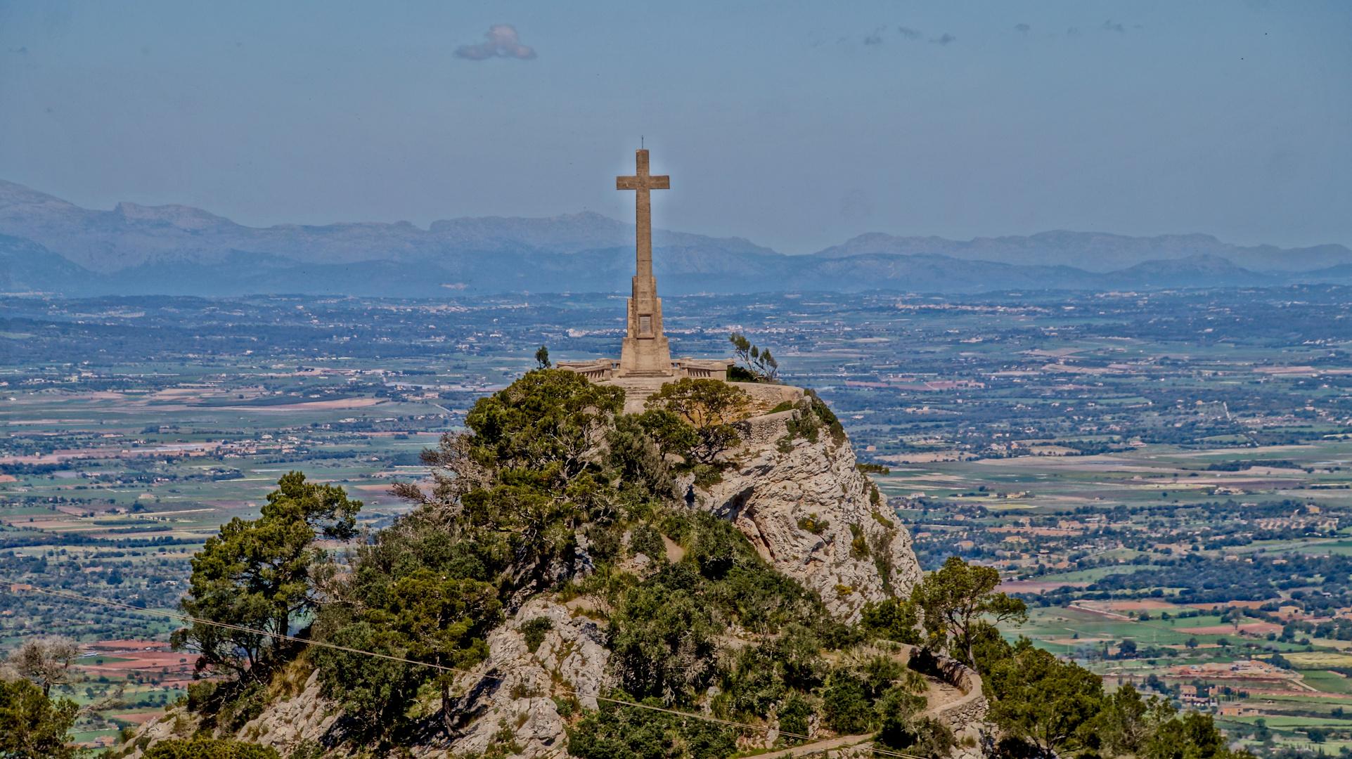 herrlicher Blick ins Landesinnere und aufs Mittelmeer ist sehenswert