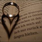 Herz im Buch.