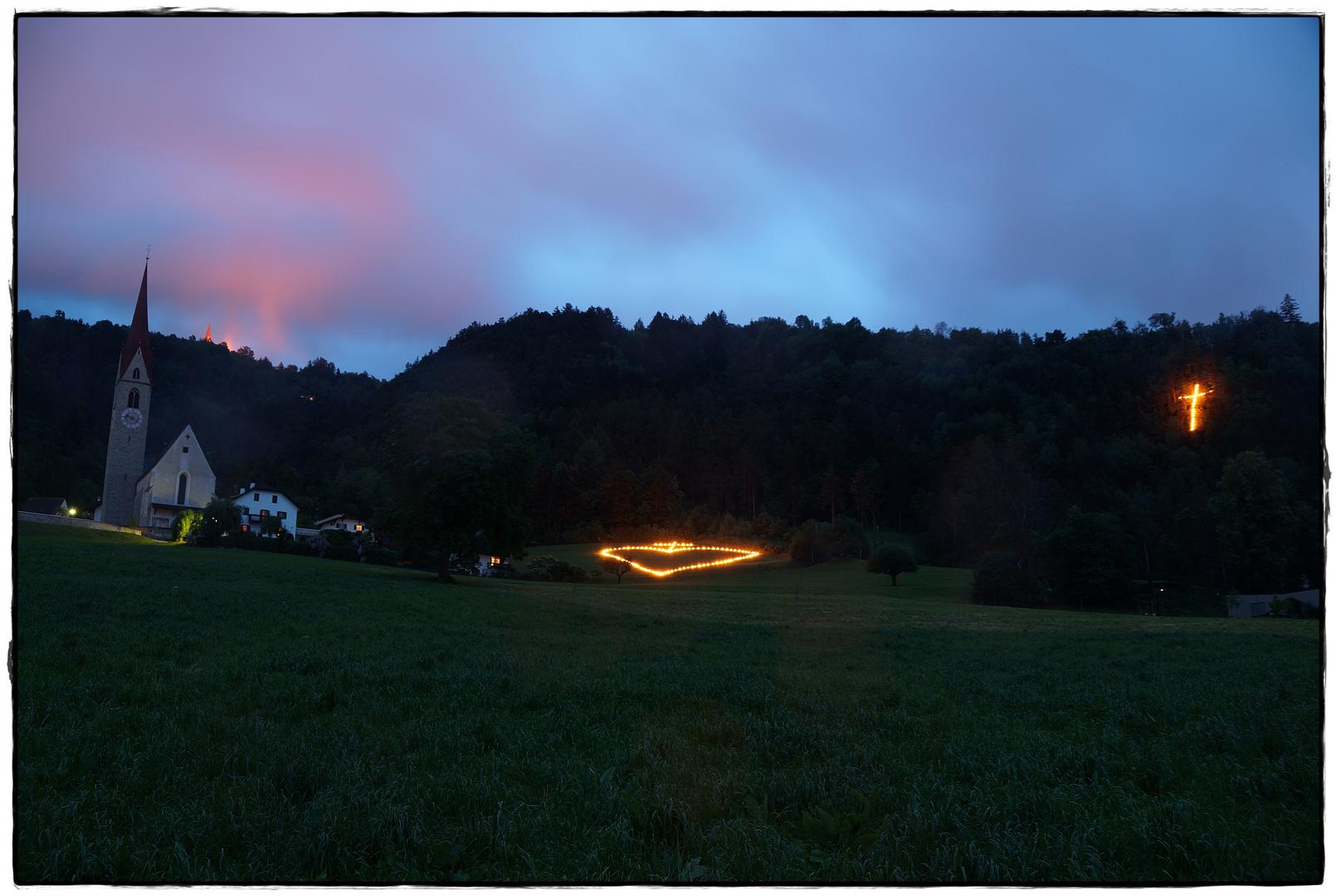 Herz-Jesu-Feuer in Milland
