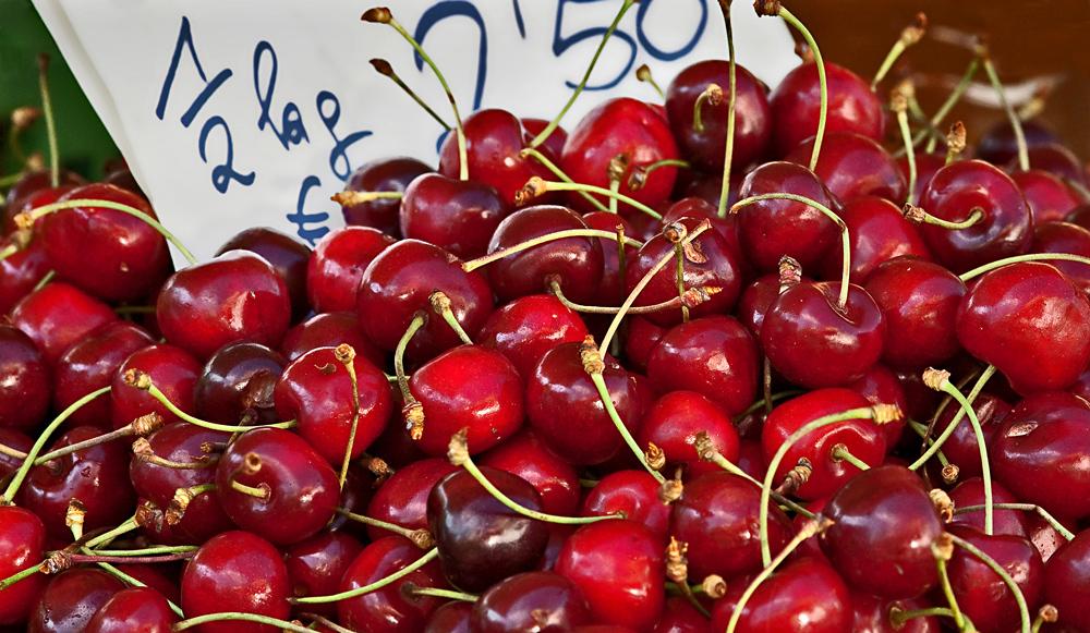 Herzkirschen - knackig, saftig, süß - 1/2 kg nur 2,50 Euro!