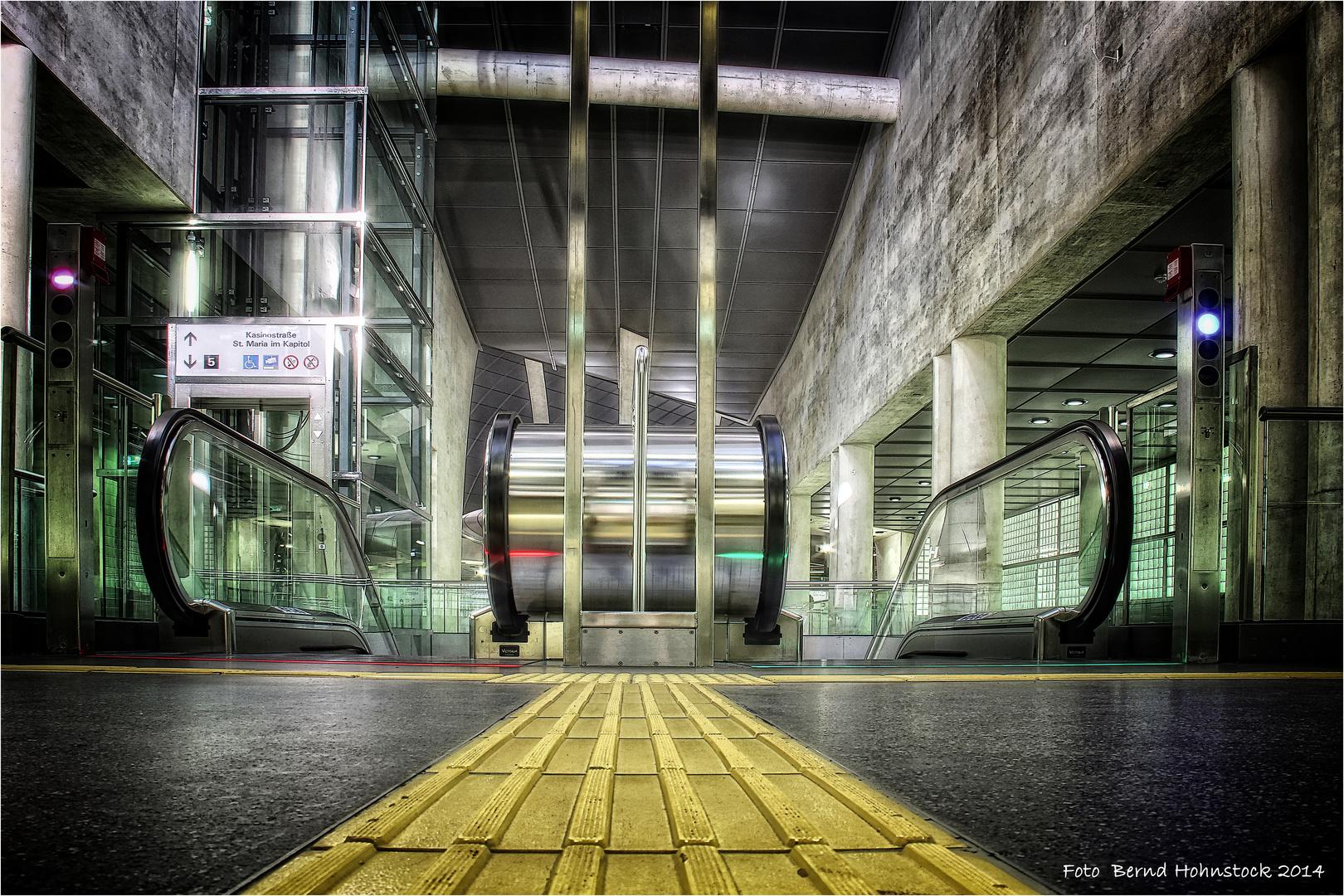 Heumarkt ..... Linie 5 zu Köln