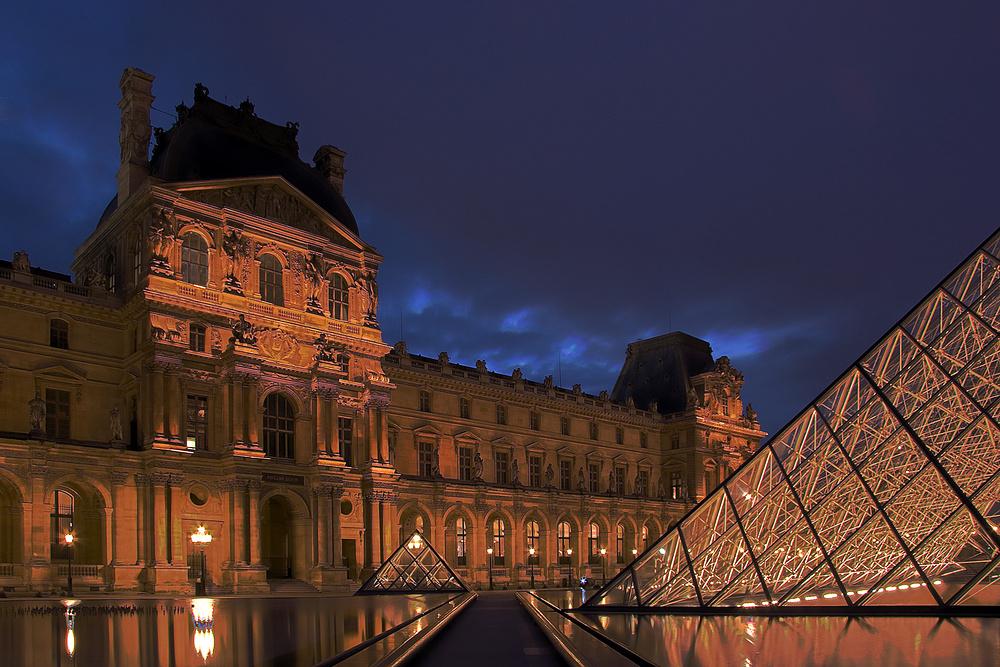 heure bleue dans le Louvre