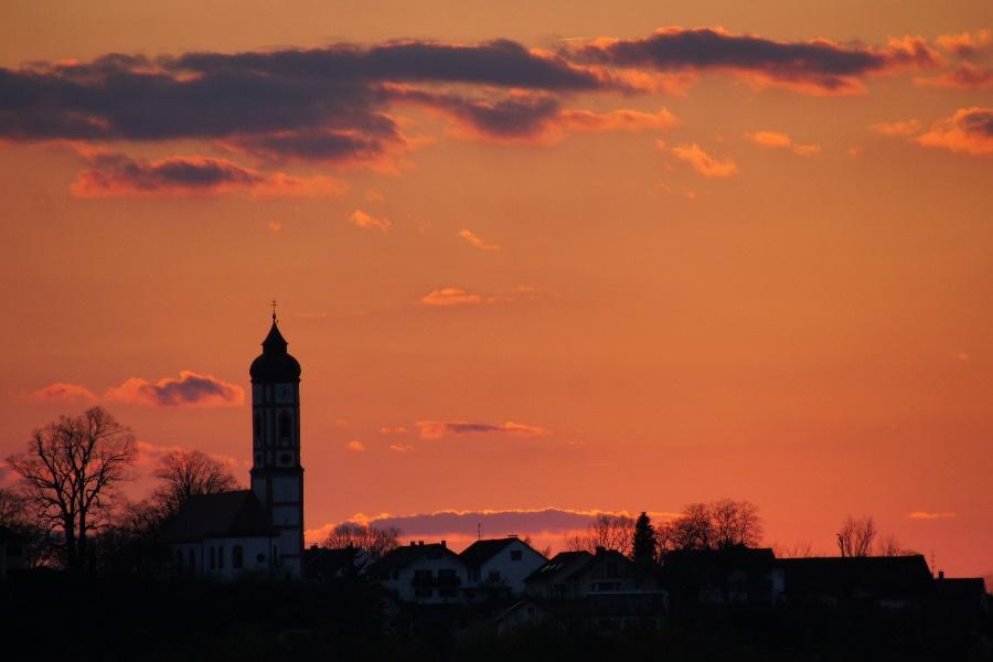 Heute Abendhimmel über Puch (Ortsteil Fürstenfeldbruck)