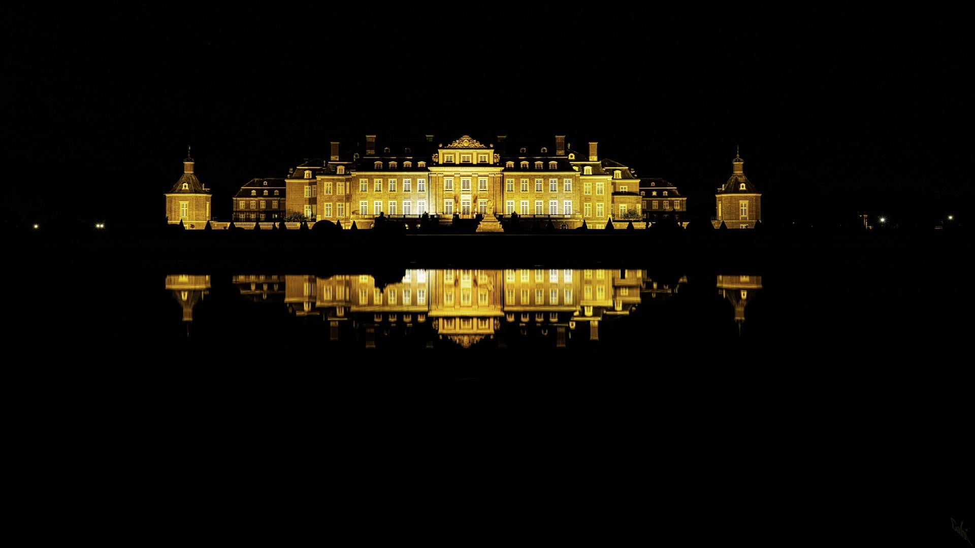 Heute im Spiegel: Schloss Nordkirchen bei Nacht, für mich eins der schönsten Schlösser!