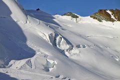 Heute Morgen 7,53 Uhr am Mittelallalin  (3500m)aufgenommen und in weniger als 2 St.schon zu sehen...