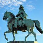 Heute wie auch Dazumal reitet der Kaiser Wilhelm ....