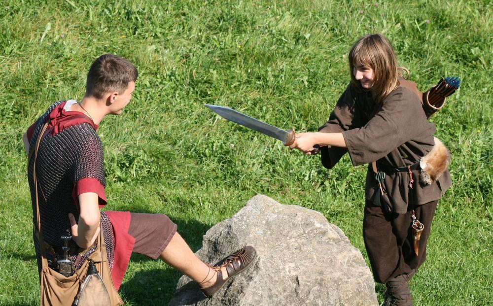 Hey Soldat, ich hab dein Schwert !