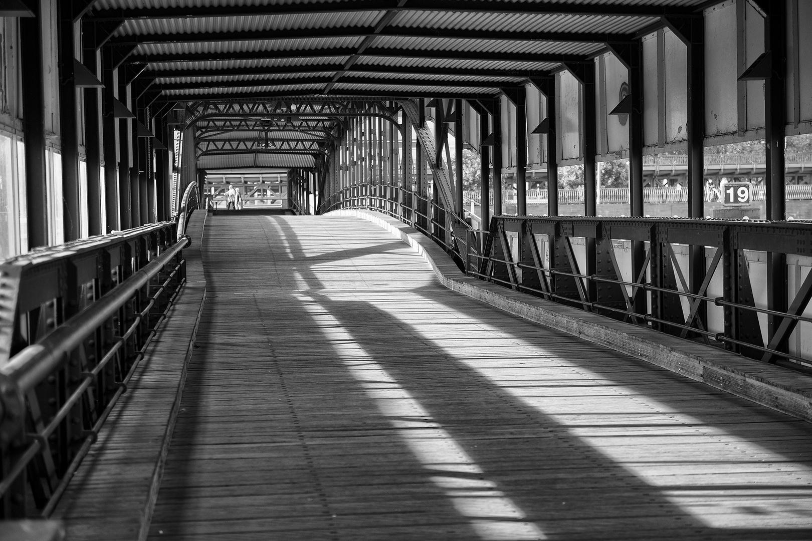 HH Überseebrücke SW