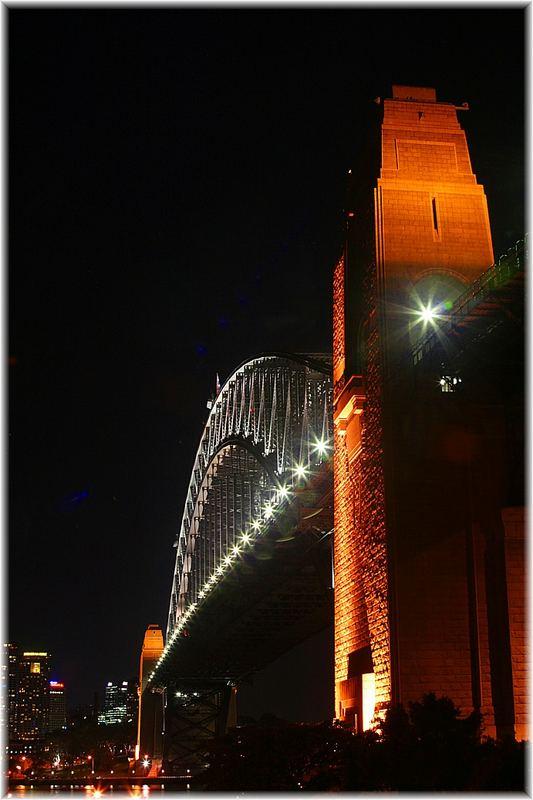 Hier die Bridge in Sydney