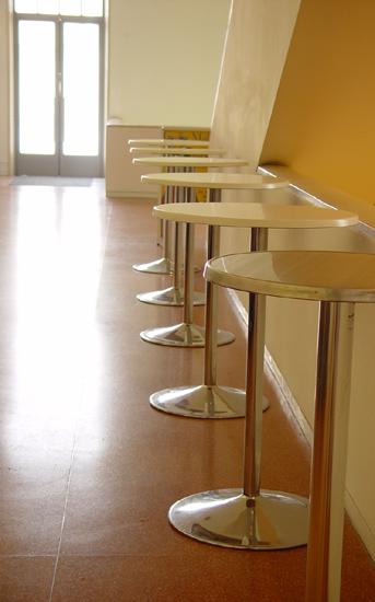 Hier gibts nichts - weder Essen noch Trinken, noch Stühle