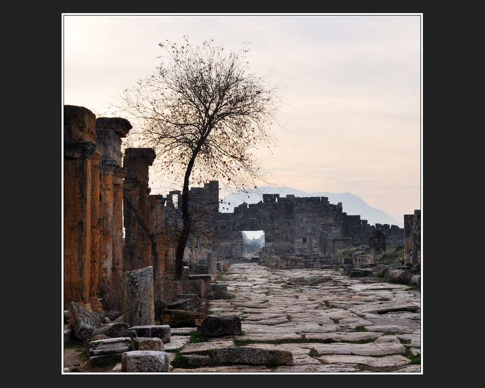 Hierapolis '09 -III-