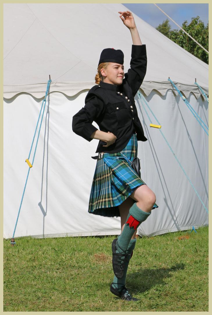 highland dancer at harbottle show
