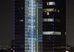 Highlight Towers - im Vorbeiflug