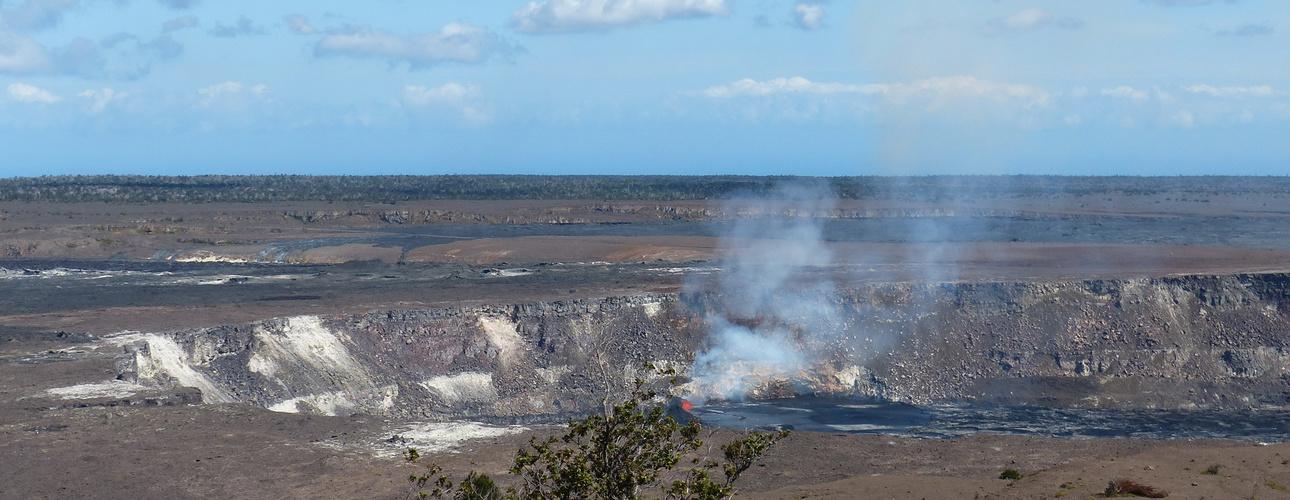 Hilo, Hawaii Island Volcano N.P
