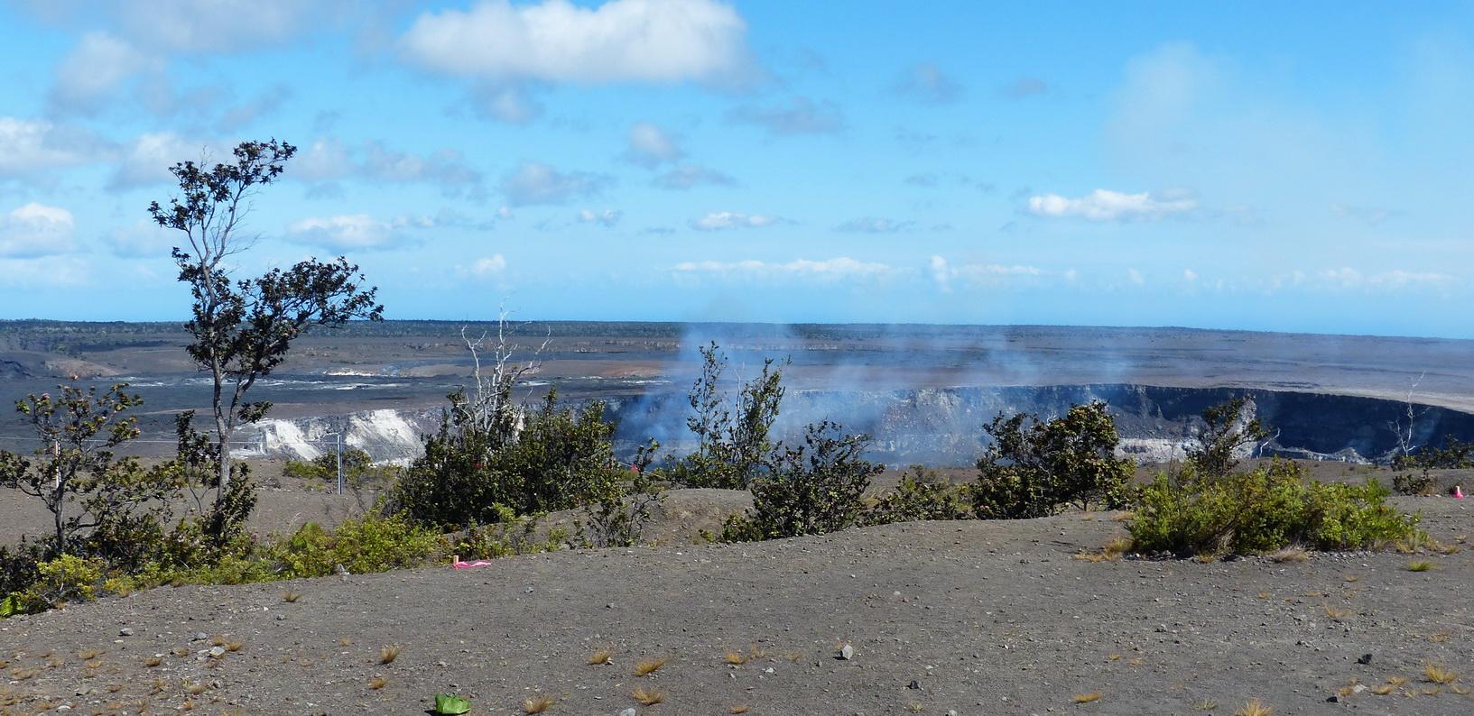 Hilo, Hawaii Island, Volcano N.P.