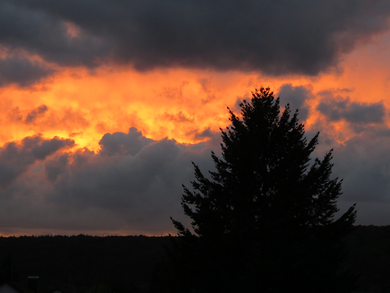 Himmel brennt