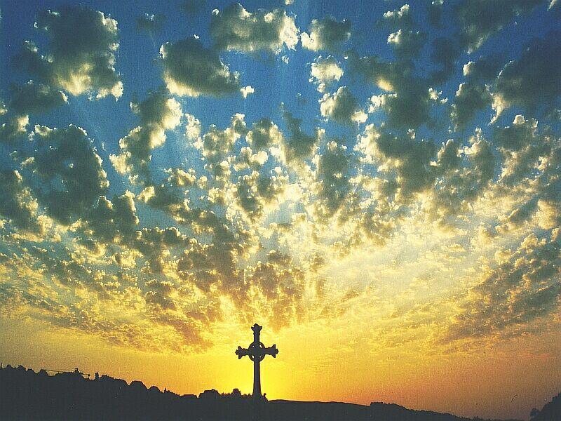Himmel über Lourdes