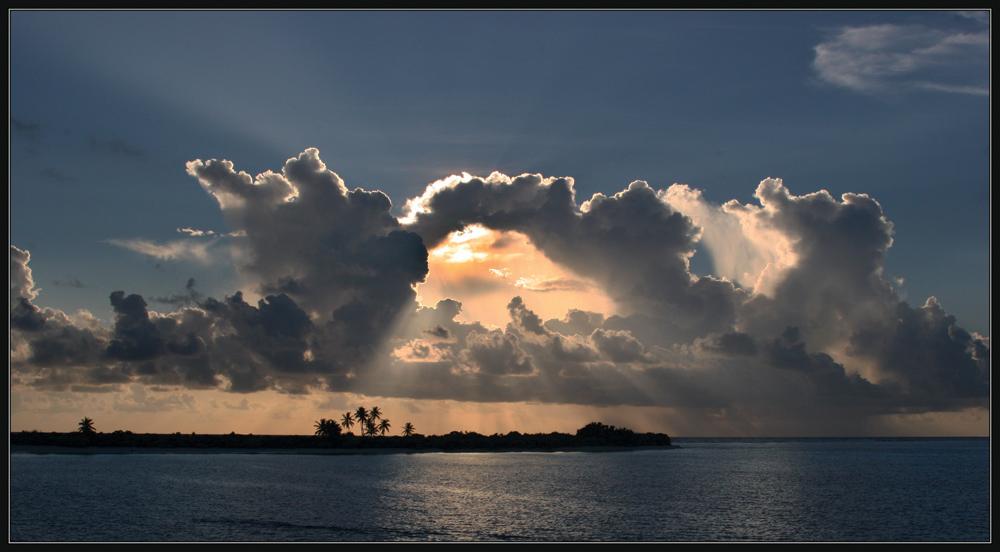 Himmelstor über den Malediven