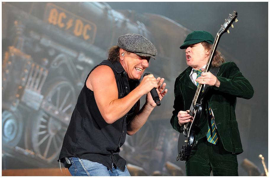 Himmlisch, höllisch, hammerhart – AC/DC-Black Ice Tour 2009