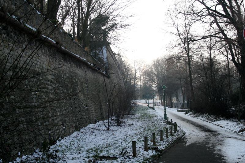"""hinter der Mauer"" Mainz"