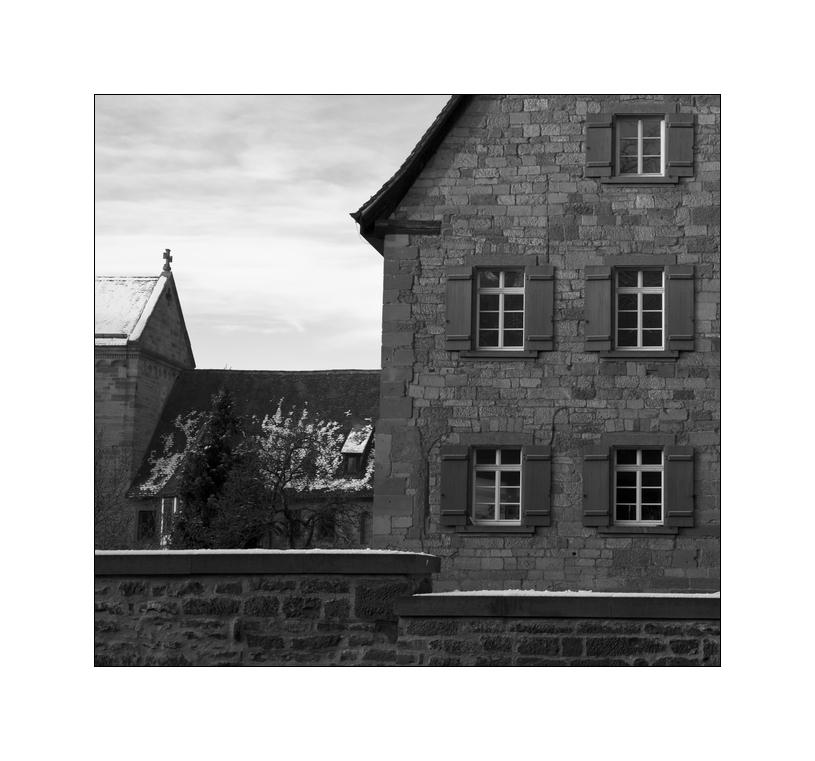 - Hinter Klostermauern XXIV -