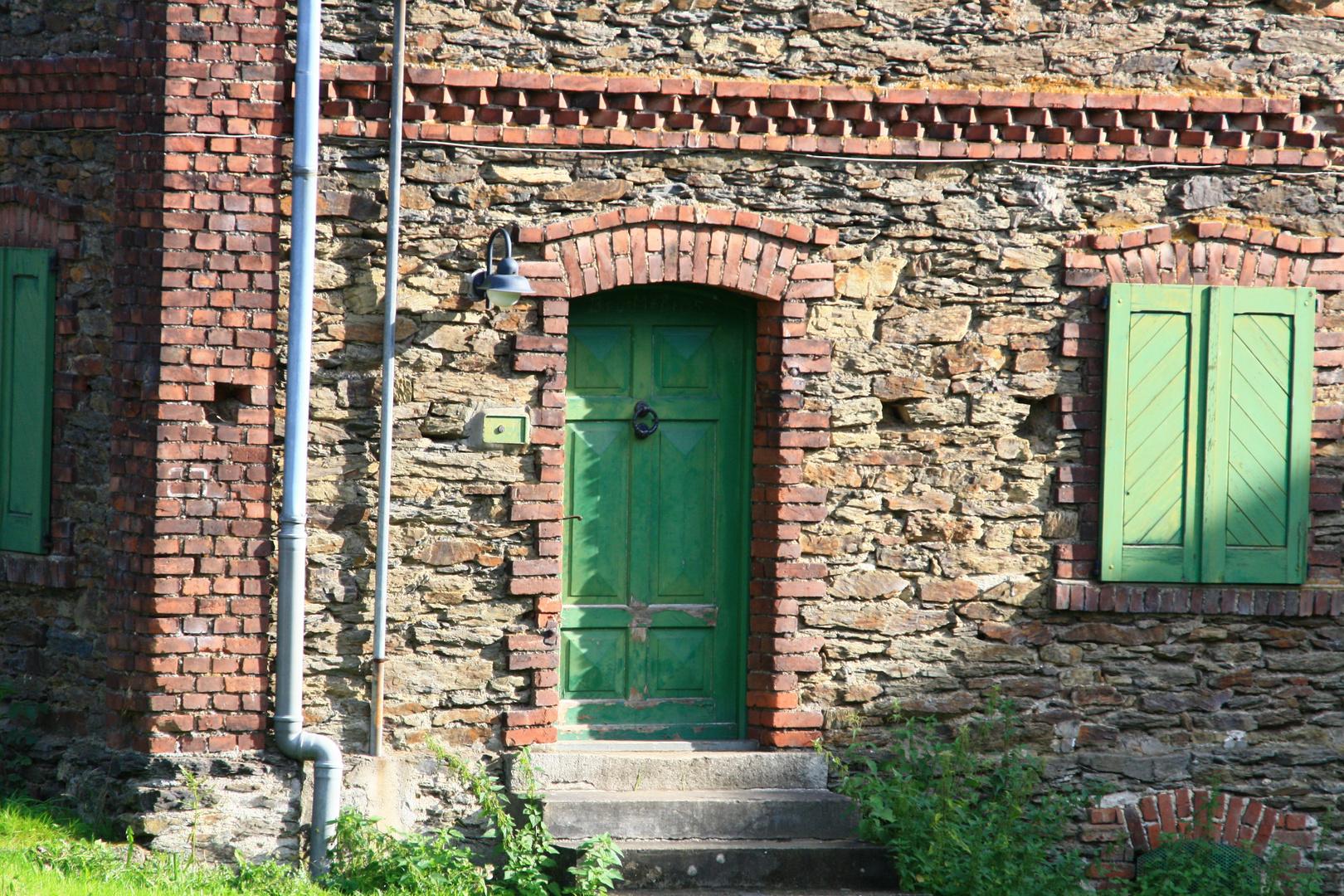Hinter verschlossener Tür