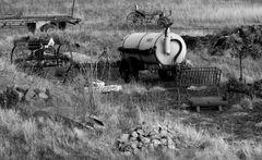 Hinter´m Bauernhof geht´s weiter.