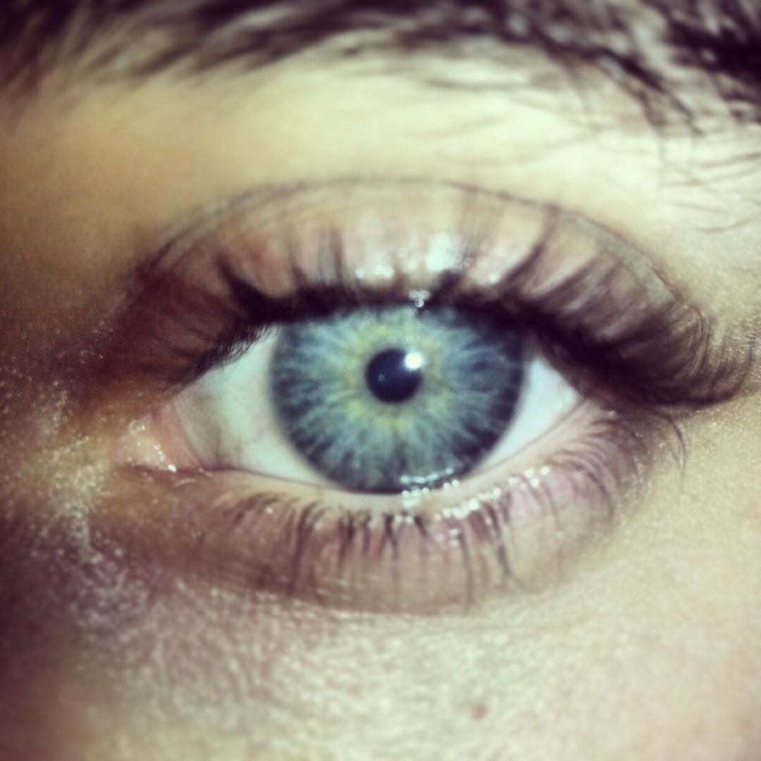 his eyes! ♡
