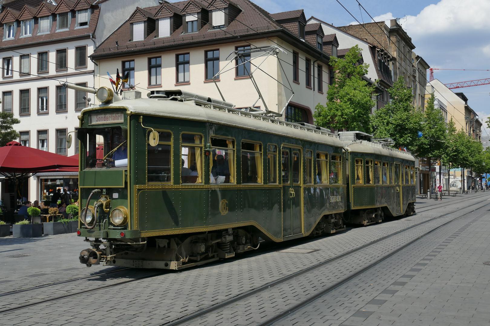 hist.OEG Triebwagen in Mannheim