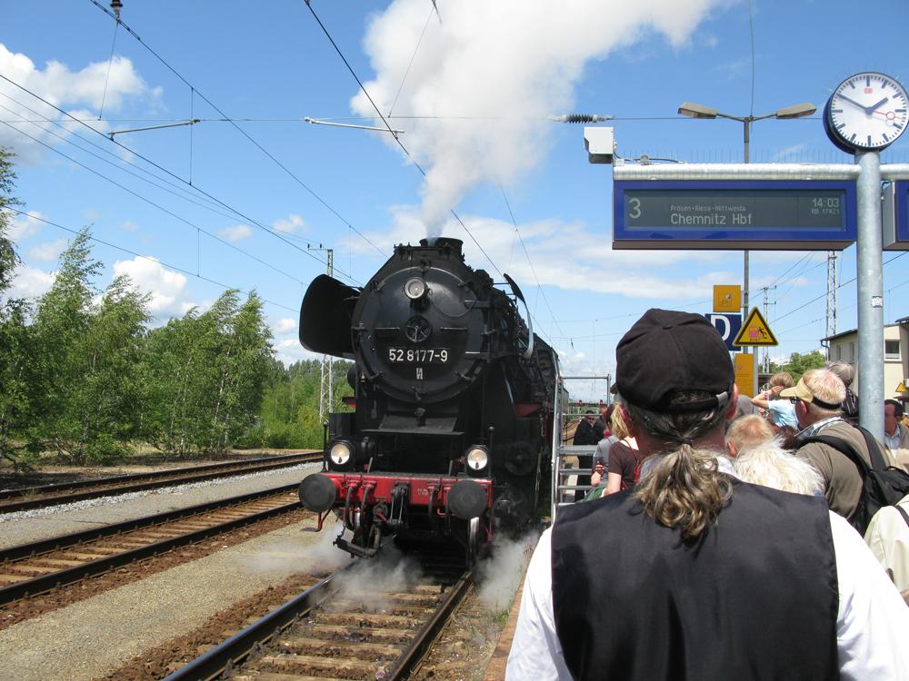 Historische Dampflok auf dem Bahnhof Elsterwerda