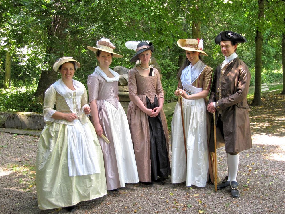 Historische Mode vorgestellt