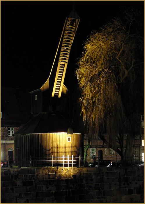 Historischer Kran in Lüneburg