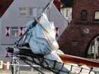 Historischer Segler im Hafen von Wismar