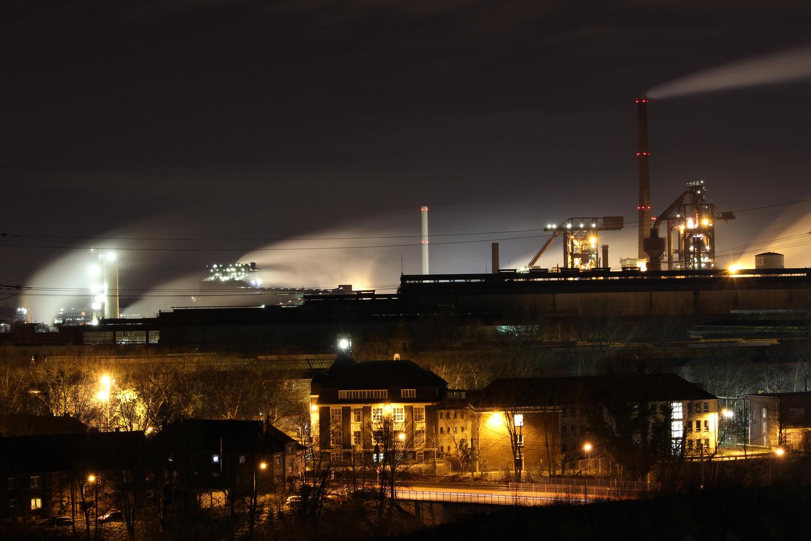 HKM Duisburg bei Nacht