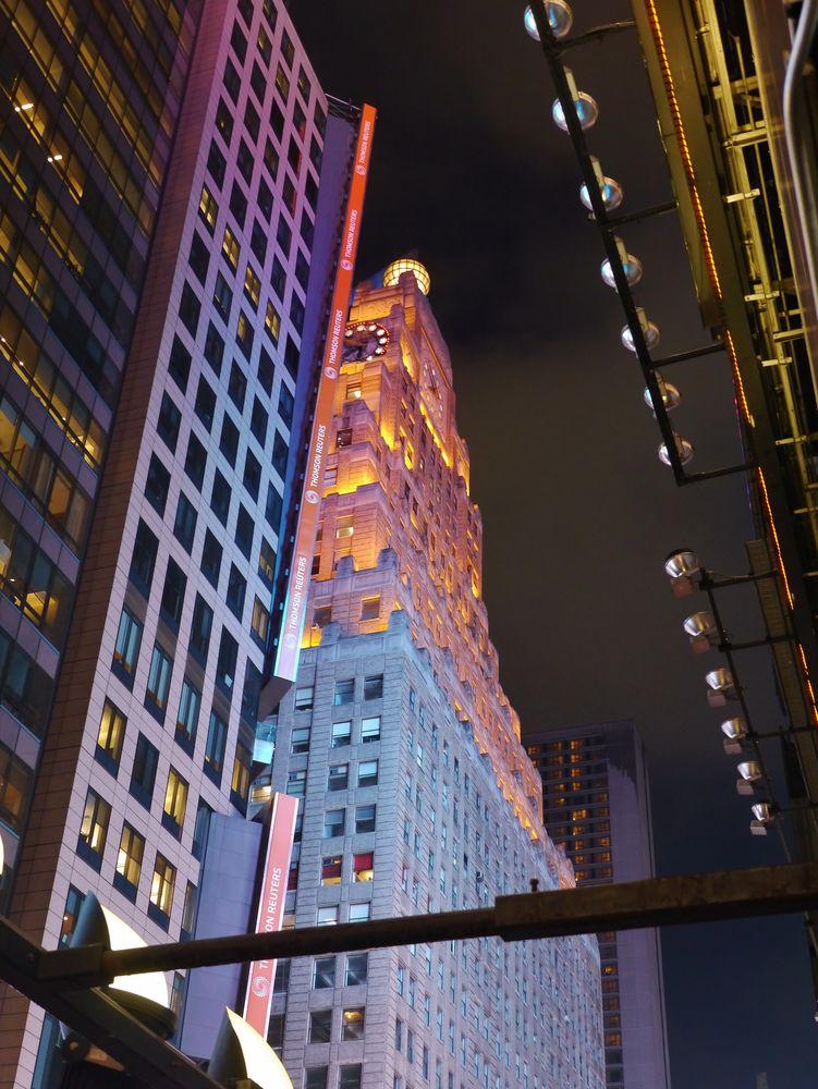 ... hoch oben über Times Square