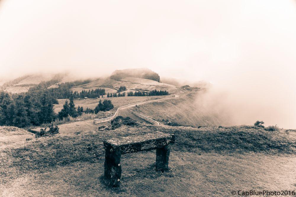 Hochebene von Furnas im Nebel