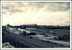 Hochfeld Süd Eisenbahnbrücke cross protect
