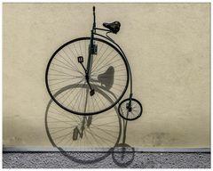 Hochrad mit Schatten