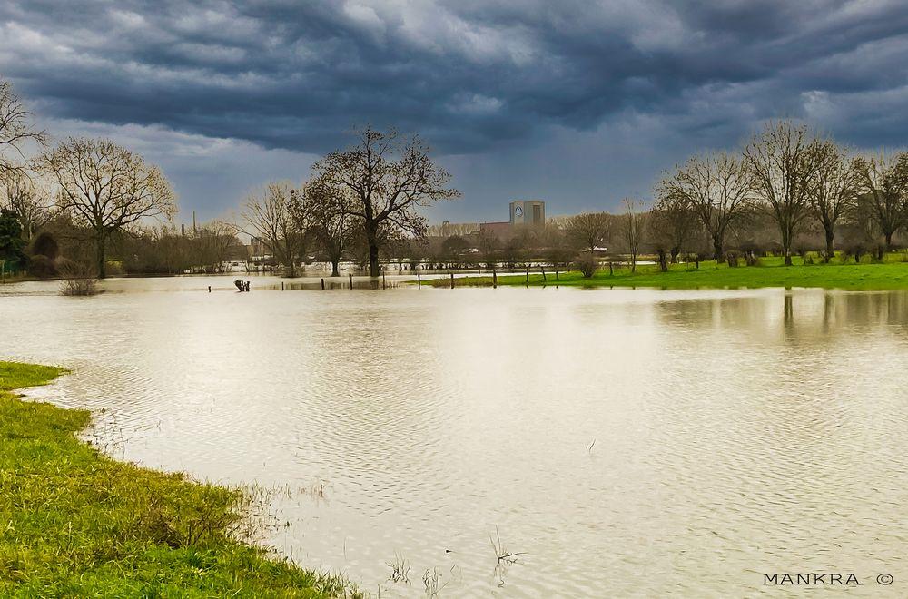 Hochwasser in Duisburg-Baerl