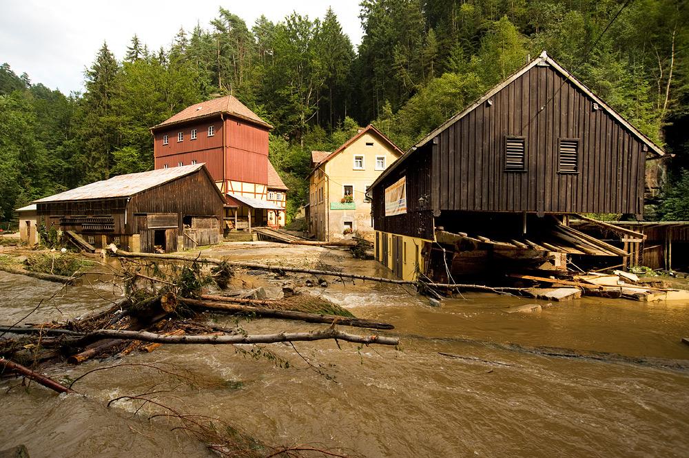 Hochwasser Sachsen - die Buschmühle im Kirnitzschtal
