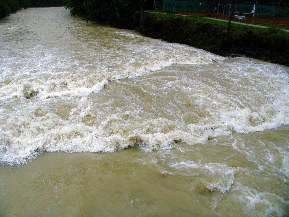 Hochwasser wird