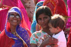 HOCHZEIT +20FOTOS Frauen India street