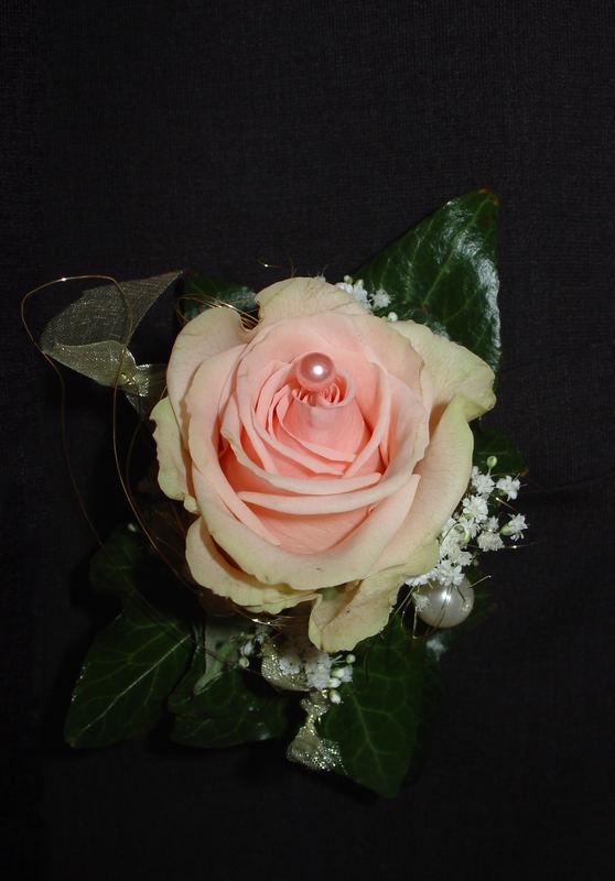 Hochzeitsanzugansteckblume