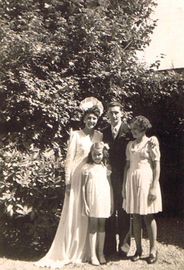 Hochzeitsbild - 1945 (1)