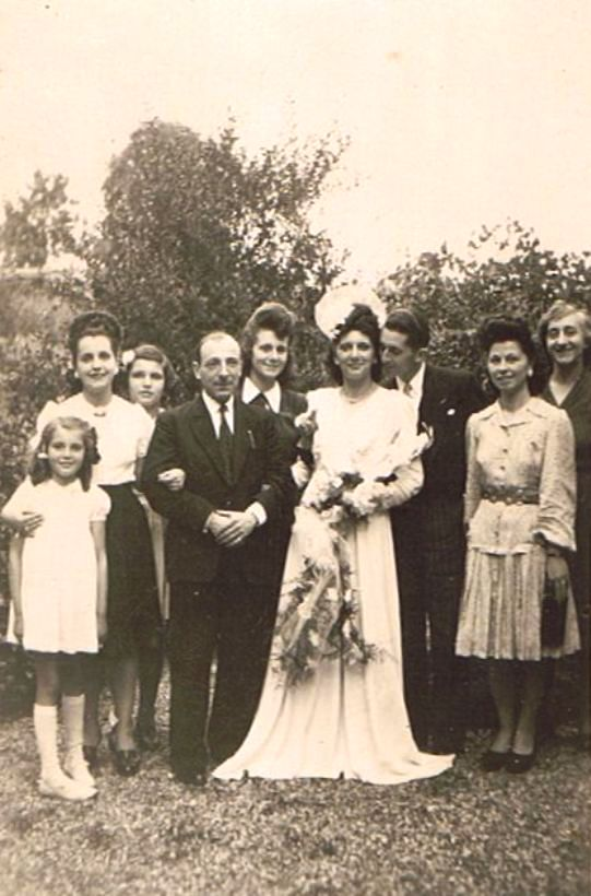 Hochzeitsbild - 1945 (2)