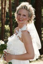 Hochzeitsfotografie - die Braut im Wald