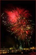 Höhen-Feuerwerk