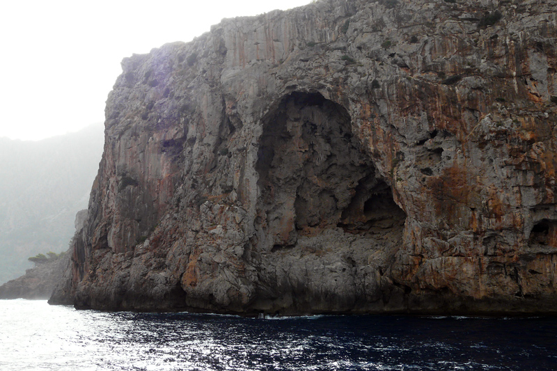 Höhlen an der Nord-West-Küste Mallorcas